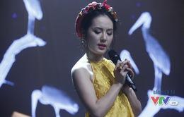 Phương Linh khoe vẻ đẹp ngọt ngào trong Giai điệu tự hào tháng 11