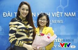 Giao lưu trực tuyến với diễn viên, siêu mẫu Trang Nhung