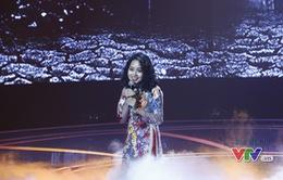 Hoàng Quyên khoe giọng hát ngọt ngào trong Giai điệu tự hào