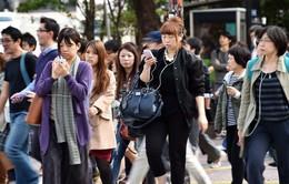 Nhiều thanh niên châu Á sống dựa vào bố mẹ