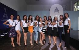 Siêu mẫu Hà Anh khuyên thí sinh quên vẻ đẹp chuẩn để tỏa sáng