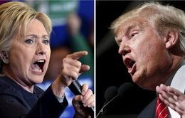"""Cuộc đấu """"tay đôi"""" giữa bà Hillary Clinton và tỷ phú Donald Trump ngày càng hấp dẫn"""
