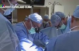 Ca cấy ghép tử cung đầu tiên tại Mỹ thất bại