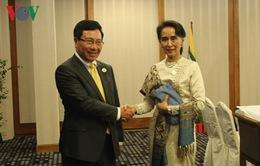 Phó Thủ tướng Phạm Bình Minh hội kiến Bộ trưởng Ngoại giao Myanmar