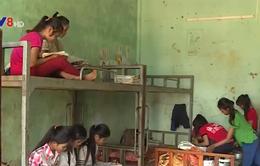 Hạn chế học sinh bỏ học bằng mô hình bán trú