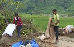 """Lũ """"nuốt chửng"""" nhiều tài sản, nhà cửa tại Lào Cai"""