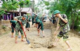 Phú Yên: Tăng cường lực lượng giúp người dân khắc phục hậu quả lũ lụt
