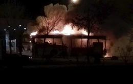 Trung Quốc bắt nghi can đốt xe bus làm 17 người thiệt mạng