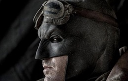 Ben Affleck vật lộn để trở thành siêu anh hùng
