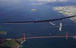 Solar Impulse 2 hoàn thành hành trình quanh trái đất