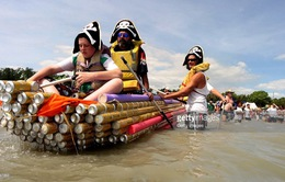 Độc đáo cuộc đua thuyền bằng lon bia tại Australia
