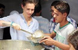 """Syria: """"Nhà bếp di động"""" phục vụ đồ ăn cho người dân sơ tán"""