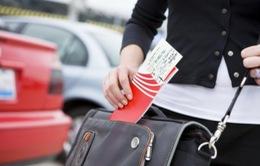 Hàng chục công nhân mất Tết vì bị lừa mua vé máy bay