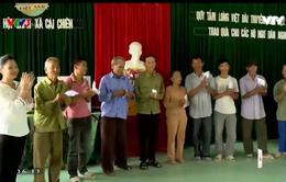 Quỹ Tấm lòng Việt trao quà cho 30 hộ nghèo xã đảo Cái Chiên, Quảng Ninh