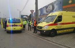 Bỉ sơ tán một trung tâm mua sắm do xả súng