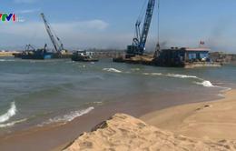 Biến dạng cửa biển sau lũ