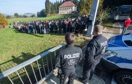 Đức siết chặt luật trục xuất người nhập cư
