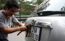 Người dân Hà Nội và TP.HCM có thể đăng ký ô tô qua mạng