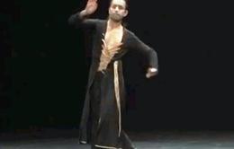 Biên đạo múa danh tiếng người Anh Aakash Odedra tới Việt Nam