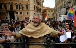 Italy: Hàng chục nghìn người biểu tình phản đối cải cách Hiến pháp