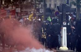 Biểu tình phản đối Luật Lao động biến thành bạo động tại Pháp