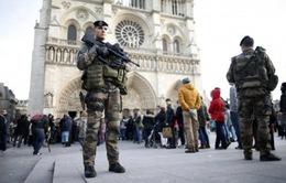Pháp tăng cường an ninh trước nguy cơ khủng bố