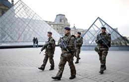 Số lượng đặt vé máy bay đến Pháp giảm gần 20% sau khủng bố ở Nice