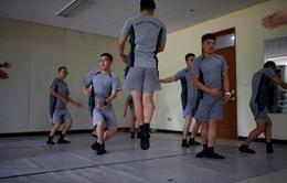 Lớp học múa ballet dành cho quân nhân Hàn Quốc