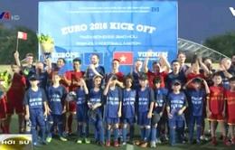 Đoàn ngoại giao EU và Việt Nam hưởng ứng EURO 2016