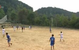 Tình yêu bóng đá khó tin của người dân miền núi Cao Bằng
