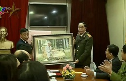 Đại tướng Trần Đại Quang dâng hương tưởng niệm Bác Hồ