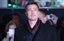 Ly dị Angelina Jolie, Brad Pitt thay đổi phong cách sống