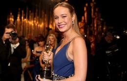 Giành tượng vàng Oscar, sao Kong: Skull Island không ăn mừng chiến thắng