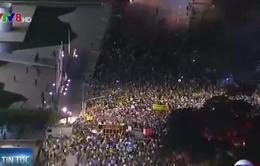 Biều tình phản đối Tổng thống tiếp diễn tại Brazil