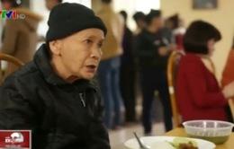 Cận cảnh bữa ăn của bệnh nhân ung thư trong bệnh viện