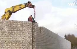 """Đức: Tranh cãi về bức tường """"ngăn tiếng ồn"""" tại trại tị nạn"""