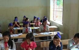 Nghệ An: Học sinh bắt đầu trở lại trường sau lũ