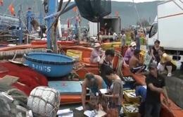 Lượng tiêu thụ thủy, hải sản giảm mạnh