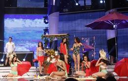 Dàn thí sinh Hoa khôi áo dài khoe dáng với bikini nóng bỏng