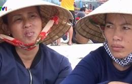 Người dân làng biển Cảnh Dương trắng tay sau cơn lũ dữ