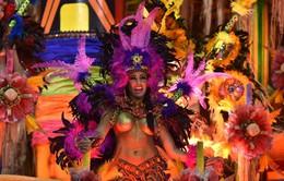 Brazil bùng nổ với lễ hội hóa trang ở Rio de Janeiro