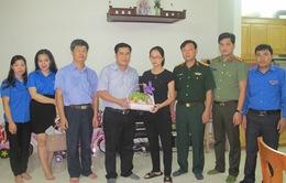 Đoàn Thanh niên VTV thăm tặng quà gia đình chiến sĩ trên máy bay CASA 212 gặp nạn