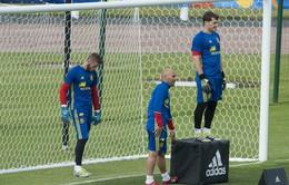 """Casillas hay De Gea: """"Cơn đau đầu"""" của HLV Del Bosque"""
