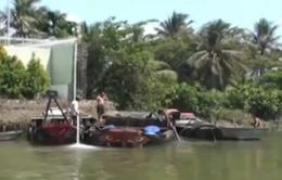 Cát tặc nhấn chìm ghe khi bị truy đuổi tại Đồng Nai
