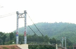 Cầu treo dân sinh thay đổi cuộc sống người dân Quảng Bình