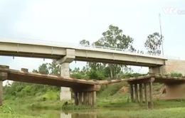 Quảng Bình: Cầu xây 28 tỷ đồng chỉ để… ngắm