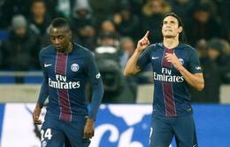 VIDEO Lyon 1-2 PSG:  Cavani lại sắm vai người hùng