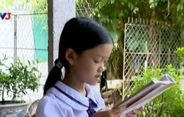 3 cháu nhỏ mong nhận được sự giúp đỡ để tiếp tục đến trường
