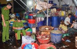 TT-Huế: Hàng trăm kg bắp chuối được tẩy trắng đưa ra tiêu thụ hàng ngày