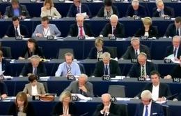 Châu Âu thông qua dự luật chia sẻ dữ liệu hành khách đi máy bay